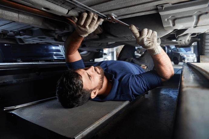 manutenção de carro blindado