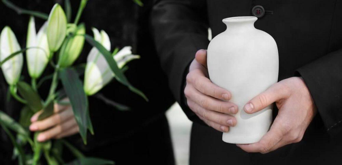 Cinzas após a cremação: Saiba o que fazer. Veja aqui!