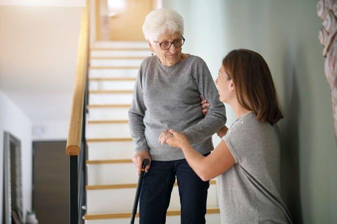 Como cuidar dos pais idosos?