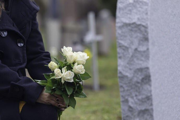 Como amenizar a dor da perda de ente querido ?