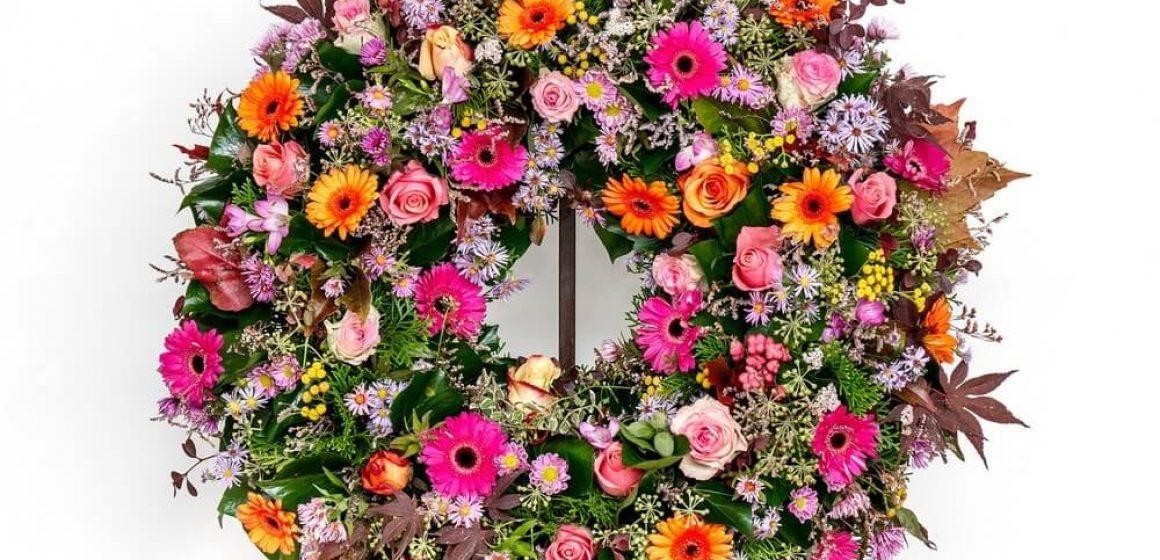 Você qual é o significado da Coroa de flores em um velório?